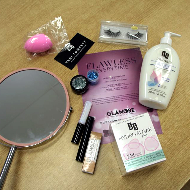 Make up workshop goody bag